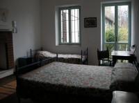 Room Alloro