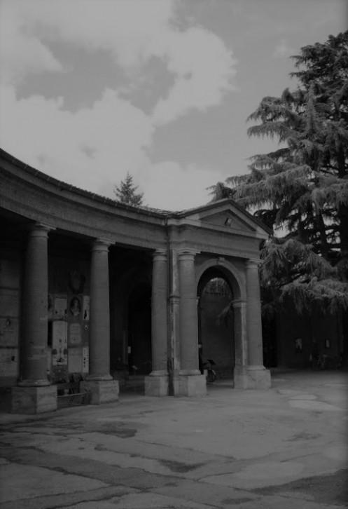 L'ingresso che conduce alla Tomba dell'Infelice