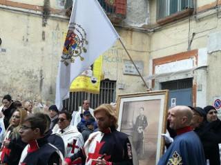 la partenza del corteo con il quadro di Re Francesco II